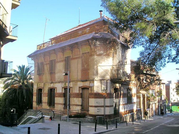 Colegio Mayor Montseny (1910) - -