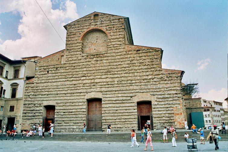 Iglesia de san lorenzo 1428 filippo brunelleschi for Interior iglesia san lorenzo brunelleschi