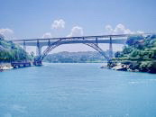 El Puente Maria Pia!