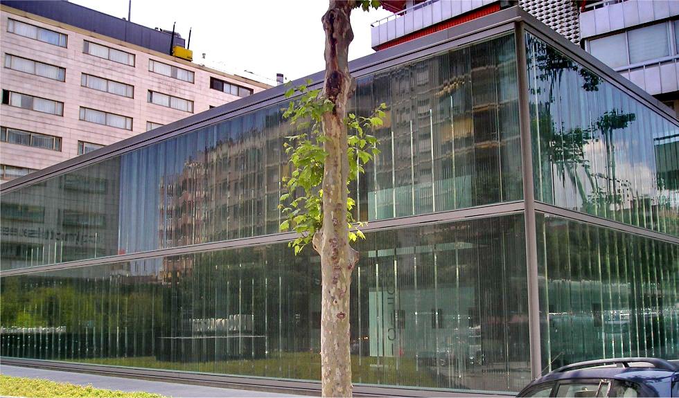 Roca barcelona gallery 2009 carles ferrater for Showroom roca barcelona
