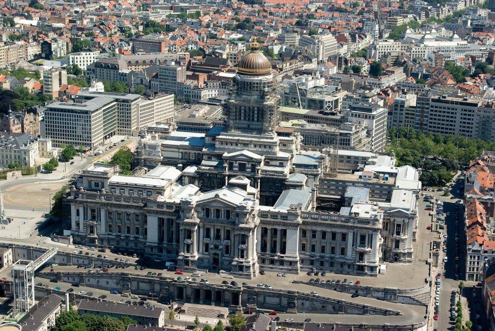 Resultado de imagen de el palacio de justicia bruselas